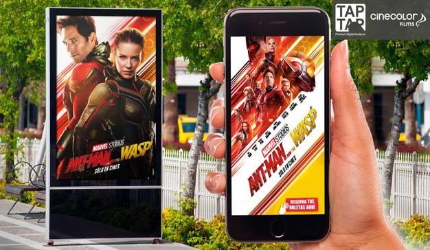 Imagen de Mupis con anuncio de la película Ant Man